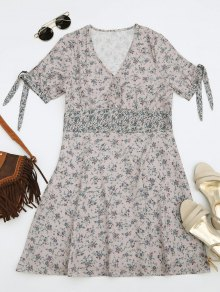 Half Buttoned Tiny Floral Mini Dress - Floral M