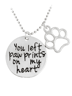 Engraved Heart Round Claw Footprint Necklace - Silver