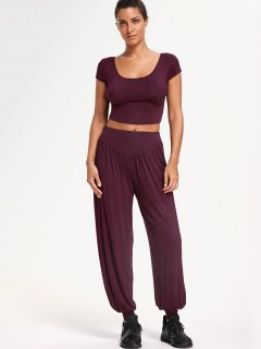 Cropped Top With Bloomer Pants Gym Suit - Purplish Red L